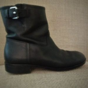 GAP Genuine Leather Black Ankle Boots